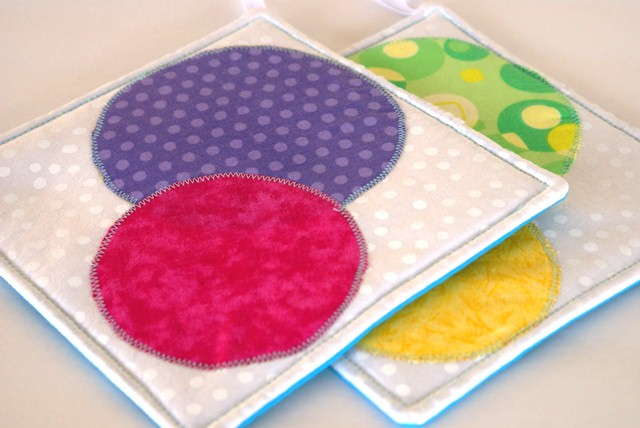 Scrappy Circles Potholder set