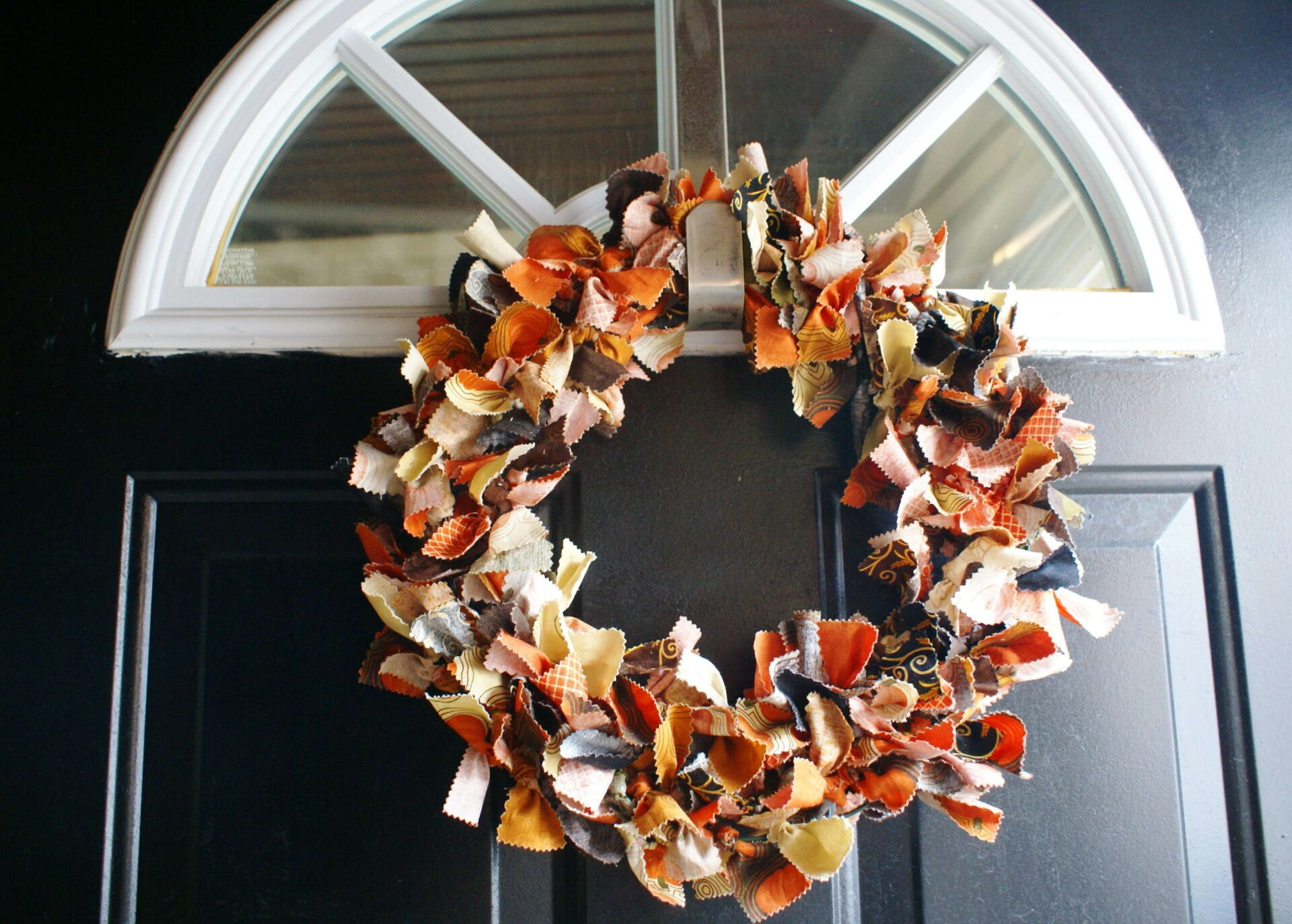 Fall Fabric Wreath Tutorial By Quiltytherapy