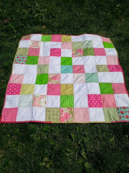 pink and green scrappy baby quilt 2