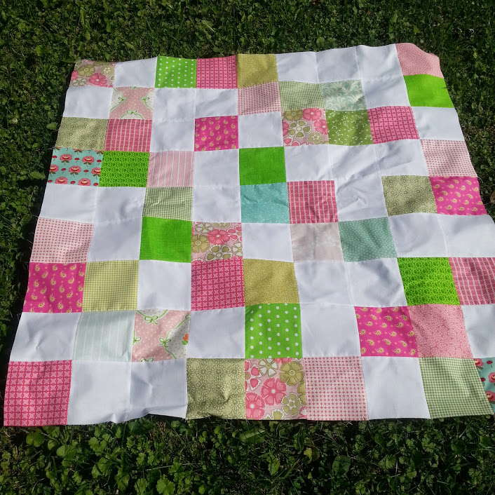 pink and green scrappy baby quilt 4