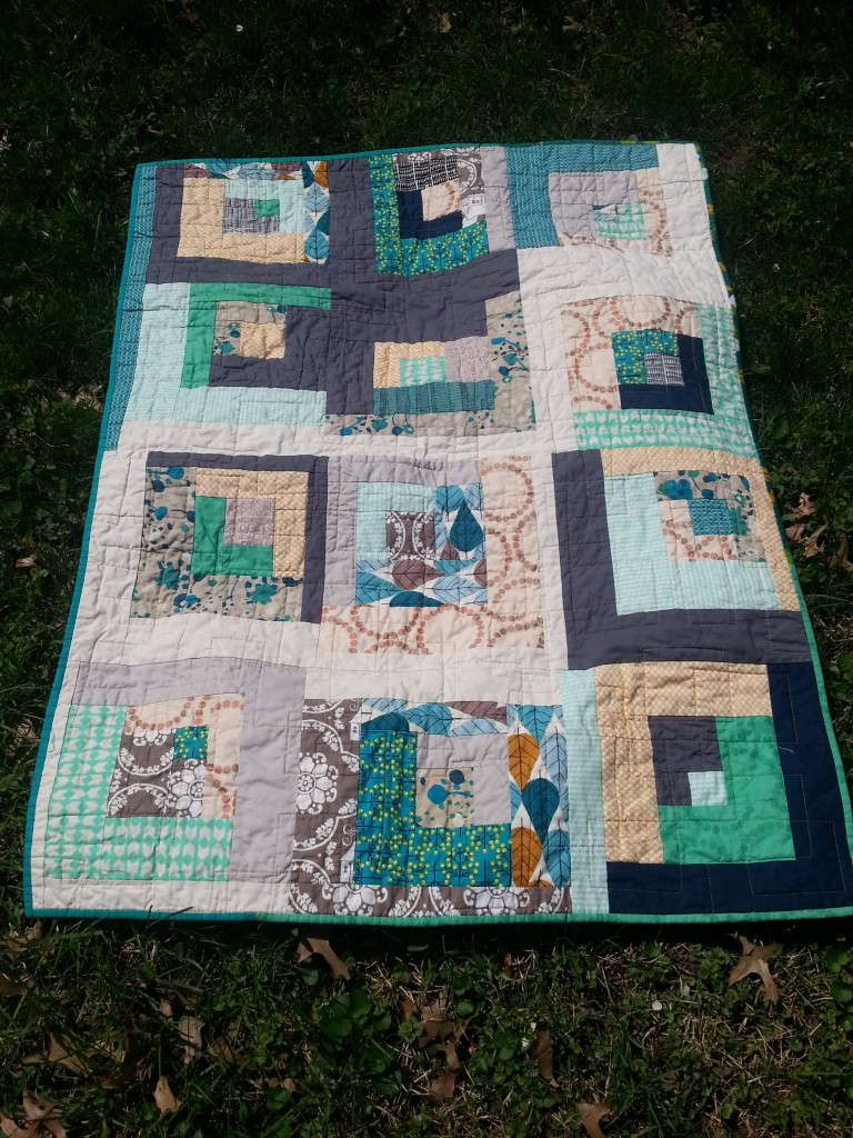 Modern Log Cabin Baby Quilt - Quiltytherapy Quiltytherapy