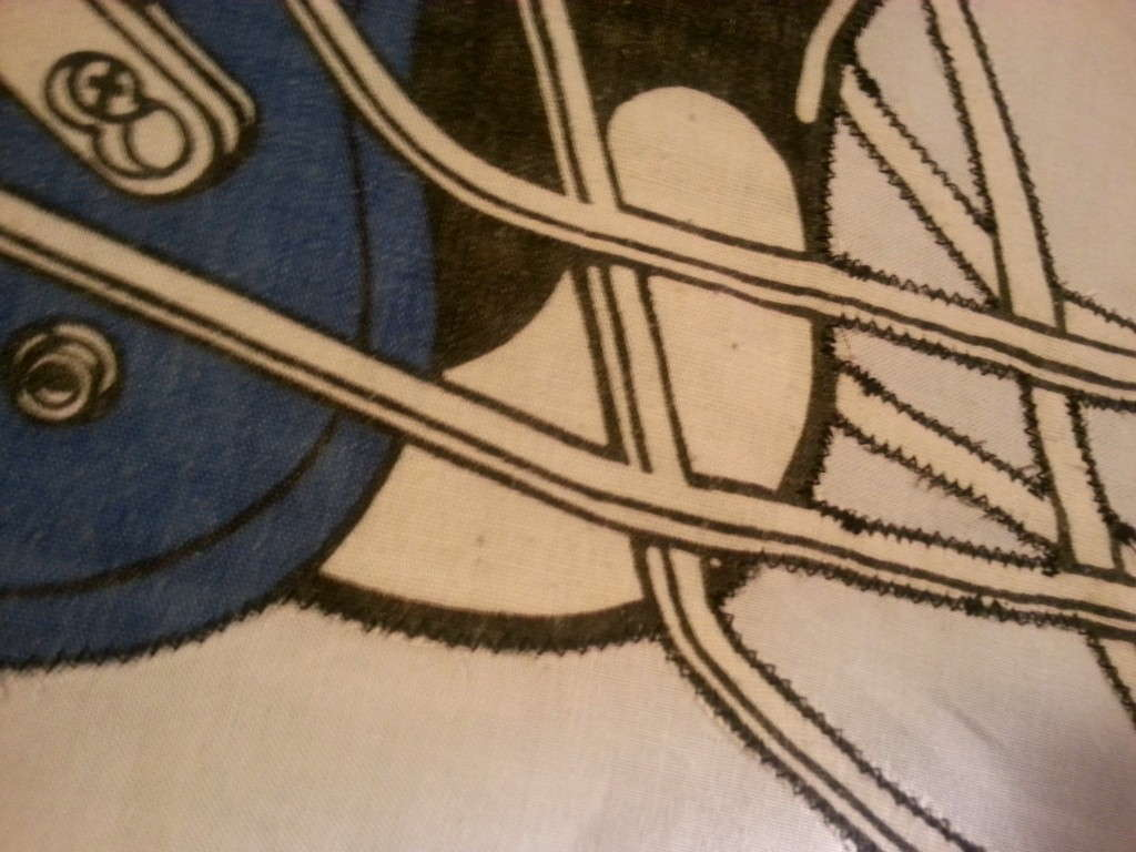 detail of the zig zag outline