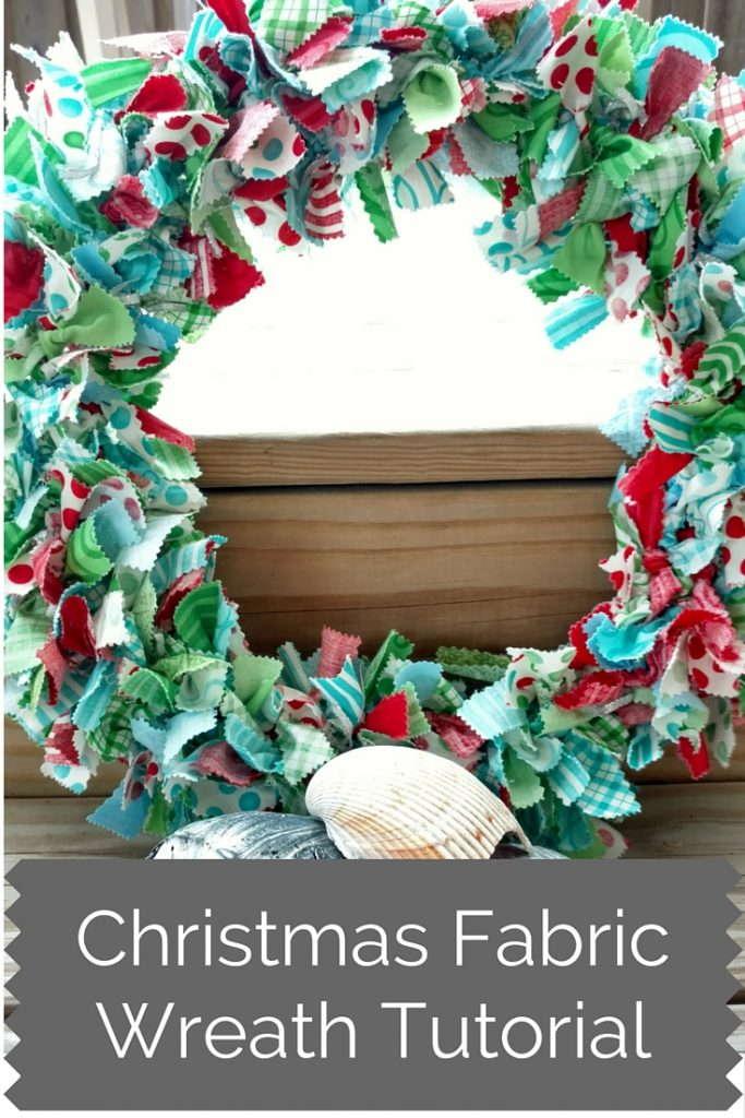 Christmas Fabric Wreath Tutorial